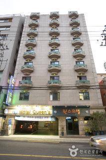 Goodstay Queens Hotel