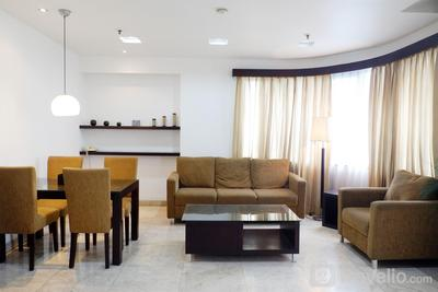 Strategic Location 2BR Park Royale Apartment By Travelio