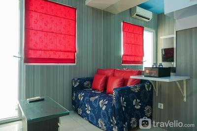 Cozy Living Green Pramuka City 2BR Apartment near Shopping Mall By Travelio