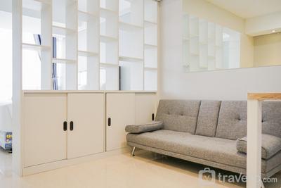 Prime Location with City View @ Studio Skandinavia Apartment By Travelio
