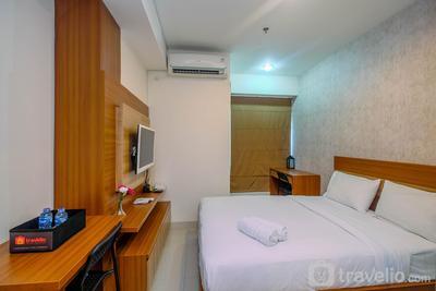 Best Unit with Minimalist Design Studio Grand Kamala Lagoon Apartment By Travelio