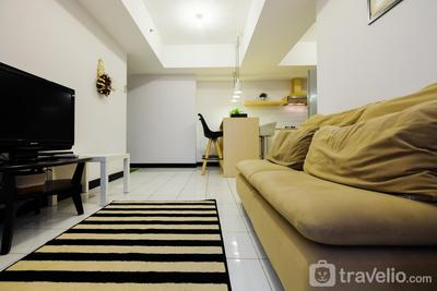 2BR Pool View @ The Wave Apartment near Epicentrum Kuningan By Travelio