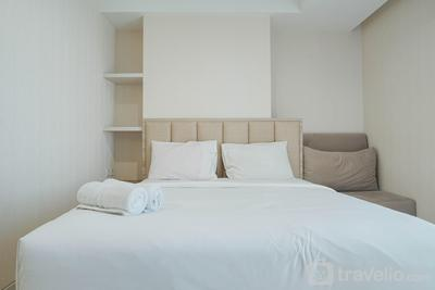 Comfort and Modern Studio at West Vista Apartment By Travelio