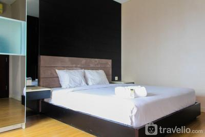Lavish 1BR Apartment at Central Park Residence Connected to Mall By Travelio