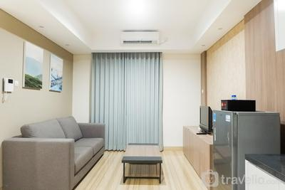 Modern 2BR Apartment at Grand Sungkono Lagoon By Travelio