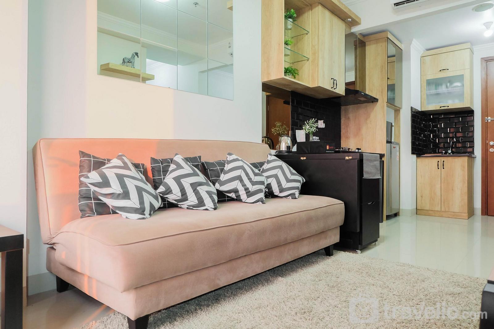 Apartemen Signature Park Grande - Homey Rustic 2BR Apartment at Signature Park Grande By Travelio