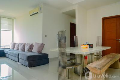 Big and Cozy 2BR Ancol Mansion Apartment By Travelio
