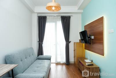 Minimalist and Comfy 2BR Signature Park Grande Apartment By Travelio
