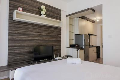 Fully Parquette City View Studio Apartment @ M-Town Residence By Travelio
