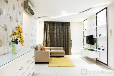 Modern Design 3BR Hampton's Park Apartment near Cilandak By Travelio