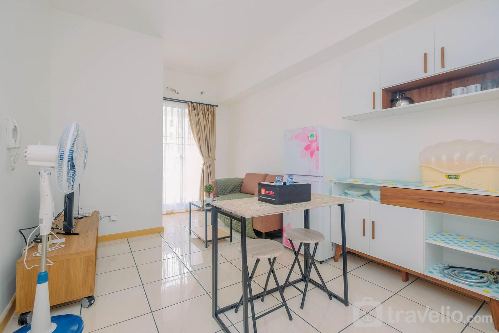 Apartemen M-Town Residence - Simply Furnished and Comfy 2BR Apartment @ M-Town Residences By Travelio