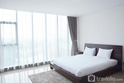 Comfy 1BR L'Avenue Apartment By Travelio