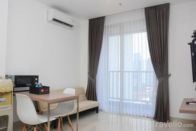 Modern 1BR at Ciputra World 2 Apartment By Travelio
