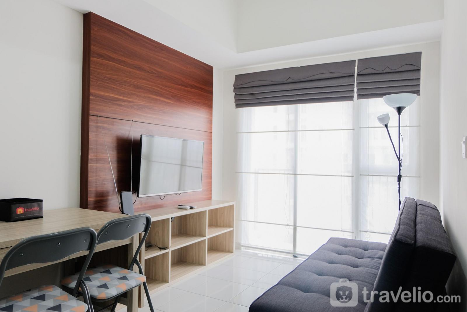 Casa de Parco Apartment - Elegant 1BR Apartment at Casa De Parco near AEON Mall By Travelio