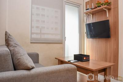Strategic and Cozy Stay 2BR at Green Pramuka City Apartment By Travelio