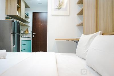 Comfortable and Beautiful Studio Apartment @ Springwood Residence By Travelio