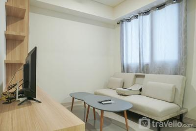 Comfy and Modern 2BR at Meikarta Apartment By Travelio