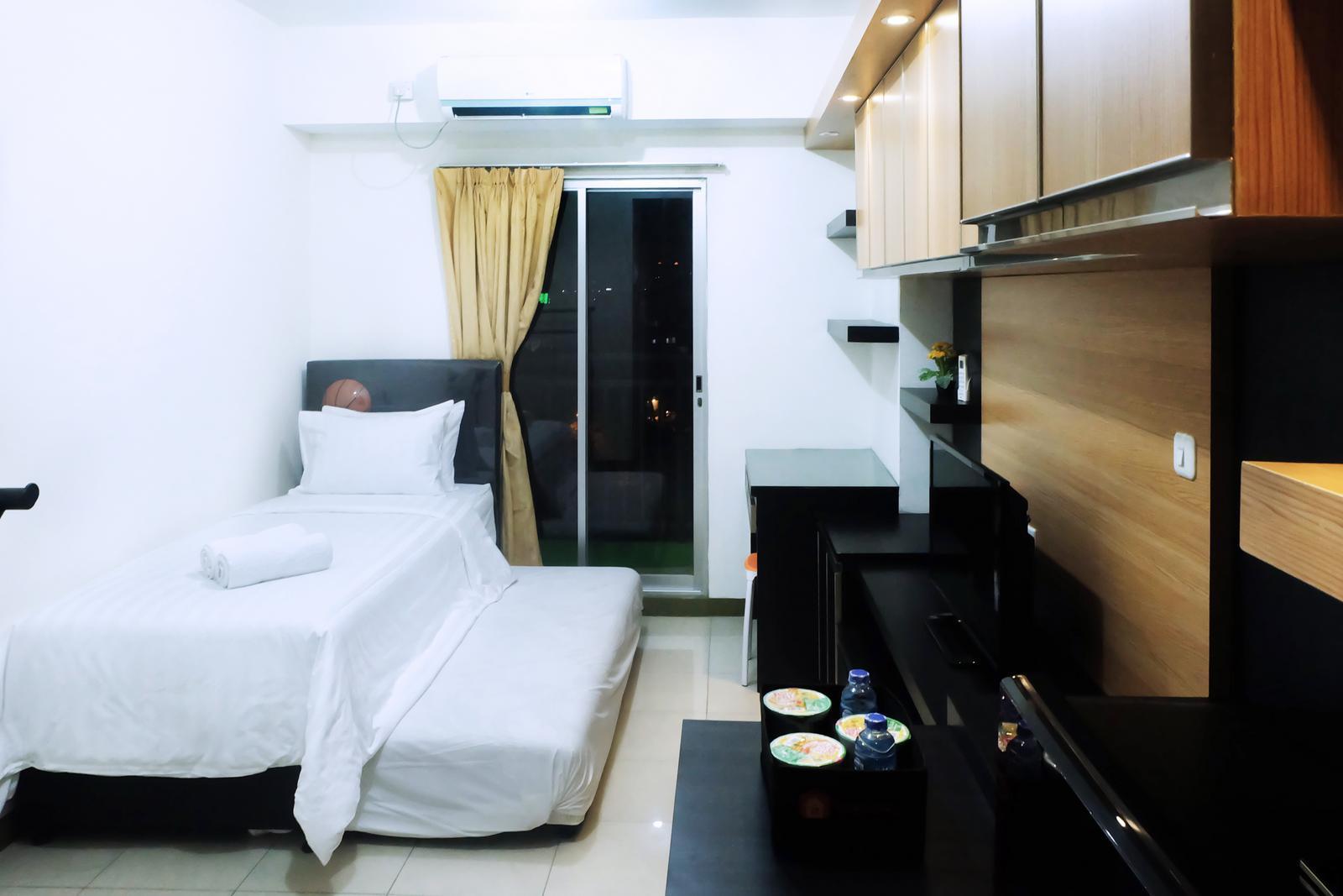 Apartemen Gading Greenhill - Cozy Studio Apartment Near Mall Kelapa Gading By Travelio