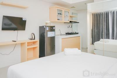 Cozy Place @ Studio The Breeze Bintaro Plaza Apartment By Travelio