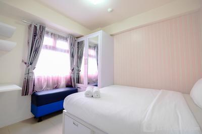 Comfort 2BR with Pool View Green Pramuka City Apartment By Travelio