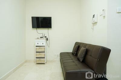 Beautiful 1BR Apartment at Puri Orchard By Travelio