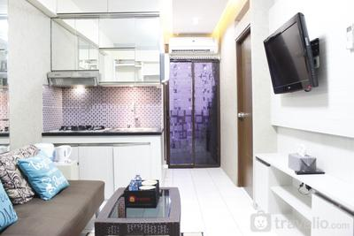 Relaxing 2BR at Gateway Apartment Ahmad Yani Cicadas By Travelio