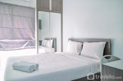 Homey and Simple Studio at Serpong Greenview Apartment By Travelio