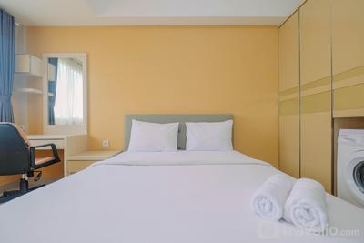 Minimalist Studio at The Oasis Apartment near Waterboom Cikarang By Travelio