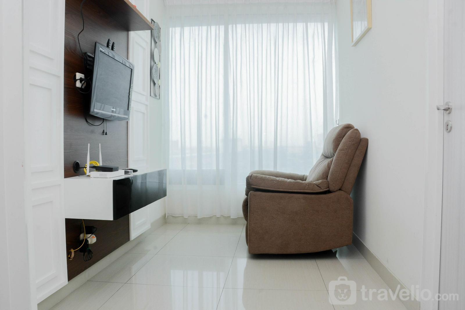 Grand Kamala Lagoon - Pleasant and Modern 2BR Grand Kamala Lagoon Apartment By Travelio