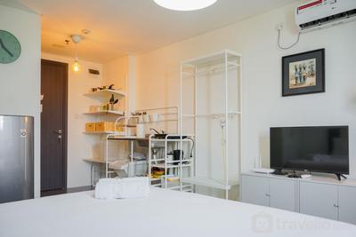 Minimalist Design Studio Apartment at Bintaro Icon By Travelio
