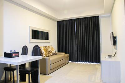 Sea View 1BR at Gold Coast Apartment near PIK By Travelio
