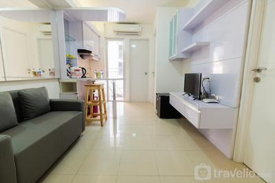 Simply Living 2BR at Bassura City Apartment By Travelio