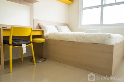 Trendy 1BR Apartment at Parahyangan Residence By Travelio