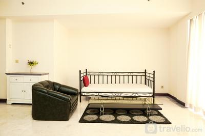Spacious 3BR Puri Casablanca Apartment near Kota Kasablanka Mall By Travelio