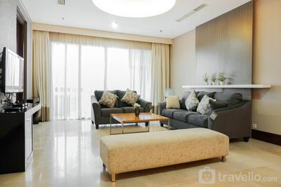 Exclusive and Spacious 3BR Apartment at Pearl Garden By Travelio