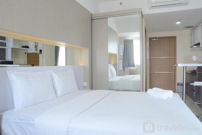Minimalist Studio The Oasis Apartment Lippo Cikarang By Travelio