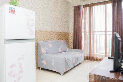 Spacious and Nice 2BR Serpong Greenview Apartment By Travelio