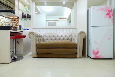 Comfy 2BR Bassura City Apartment near Bassura Mall By Travelio