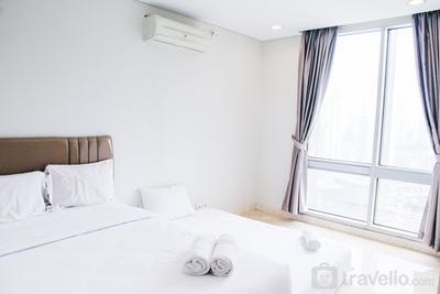 Luxury 1BR Apartment The Grove Condominium near Karet Kuningan By Travelio
