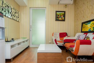 Luxurious 1BR Tamansari La Grande Apartment with Private Workspace By Travelio