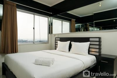 2BR + 1 Study Room Apartment Seaview at Mediterania Marina Ancol By Travelio