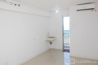 Studio Unfurnished with AC at 30th Floor Bassura City Apartment By Travelio