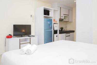 Comfy and Homey Studio at Bintaro Plaza Residence Tower Altiz Apartment By Travelio
