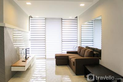 Strategic and Modern 3BR Taman Rasuna Apartment By Travelio