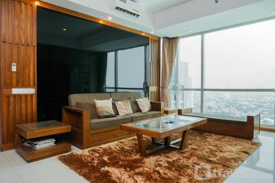 Suite 3BR Kemang Village Apartment By Travelio