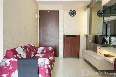 Fully Furnished Modern Minimalist 2BR @ Puri Park View Apartment By Travelio