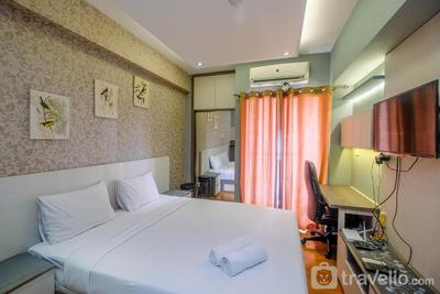 Cozy and Best Studio Room Serpong Greenview Apartment By Travelio