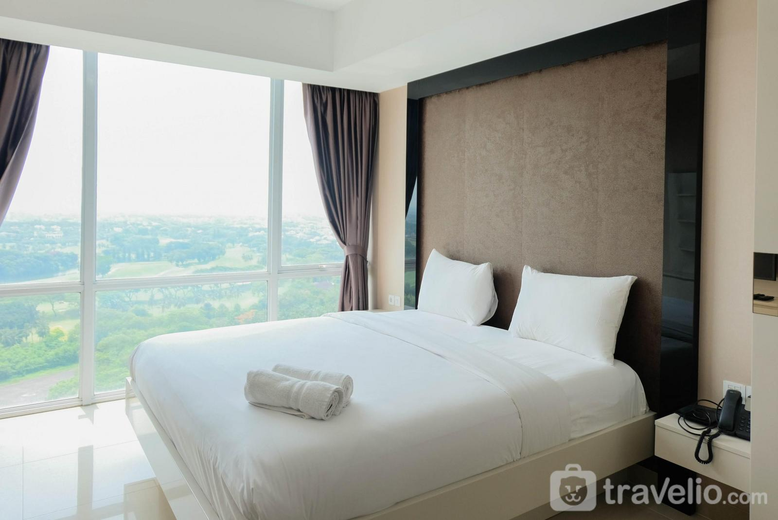 U Residence Apartment - Spacious Fully Furnished Studio Apartment at U Residence By Travelio