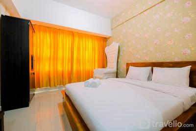Comfy Studio Apartment at Springlake Summarecon Bekasi By Travelio