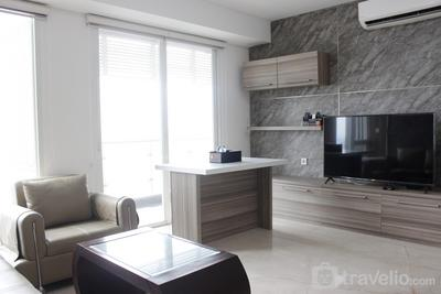 Gorgeous 3BR Apartment at Landmark Residence near 23 Paskal By Travelio